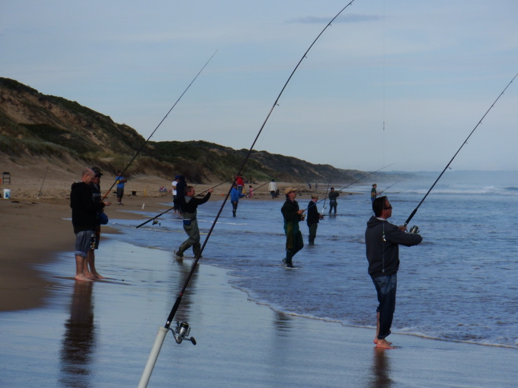 Beach-Fishing-Clinics-Venus-Bay-Australian-Salmon-1.